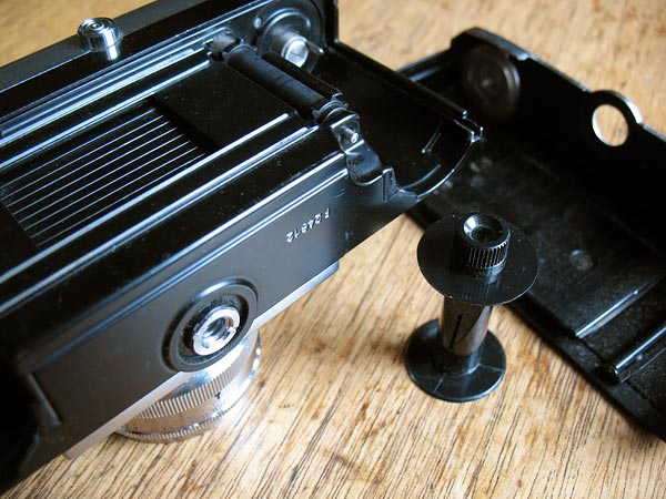 Zeiss Ikon Contax IIa back view
