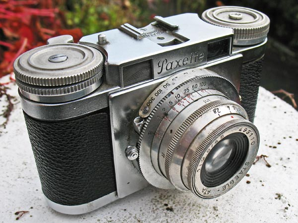 Braun Paxette I 35mm viewfinder camera
