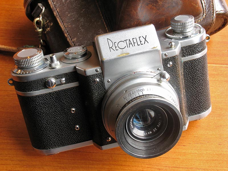 Rectaflex 35mm SLR camera