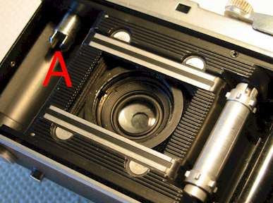 Retina Ia or IIa focus mount strip down.