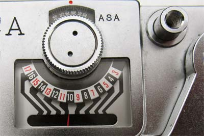 Yashica Minister D exposure meter